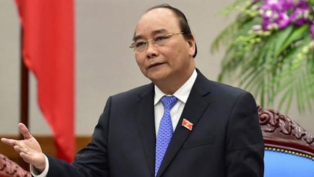 Thủ tướng Nguyễn Xuân Phúc nhấn mạnh, Chủ tịch các tỉnh thành sẽ phải chịu trách nhiệm nếu để xảy ra tình trạng công chức nhũng nhiễu, phiền hà cho doanh nghiệp.