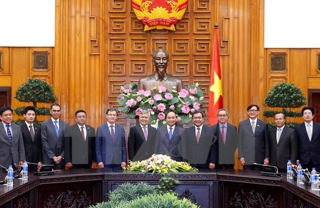 Thủ tướng Nguyễn Xuân Phúc tiếp Đại sứ các nước ASEAN tại Việt Nam. (Ảnh: Thống Nhất/TTXVN)