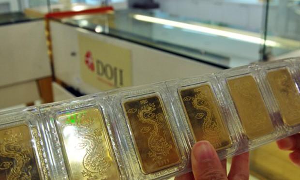 Giá vàng thế giới có thể nhích lên 2 phiên liên tiếp trong hôm nay. Ảnh: Anh Quân