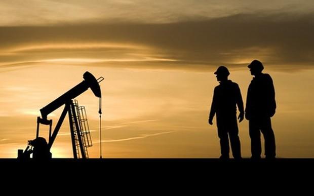 Hoạt động sản xuất năng lượng tại Canada sẽ bị gián đoạn ít nhất 1 tuần nữa - Ảnh: HuffingtonPost.