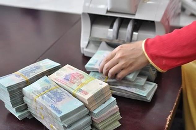 Các ngân hàng đang cố gắng tiết giảm tối đa chi phí hoạt động để tăng lợi nhuận.