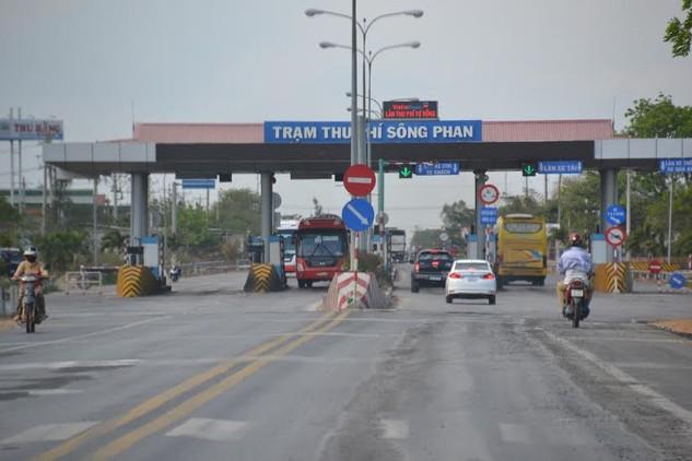 Trạm thu phí Sông Phan của dự án BOT Quốc lộ 1 đoạn Phan Thiết - Đồng Nai.