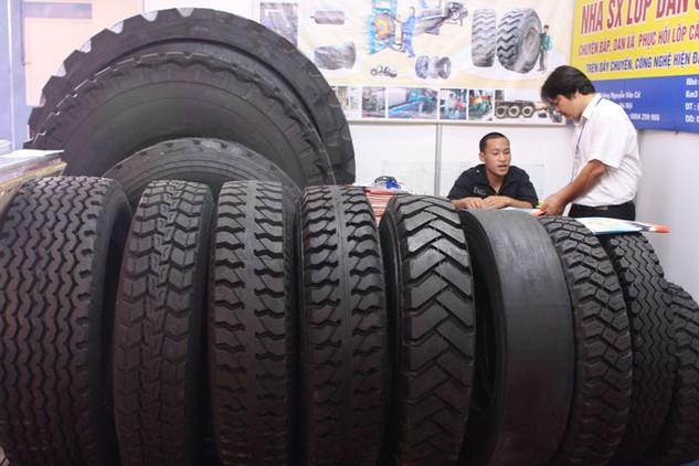 Các doanh nghiệp săm lốp đang phát triển nhiều sản phẩm mới. Ảnh: Nhã Chi
