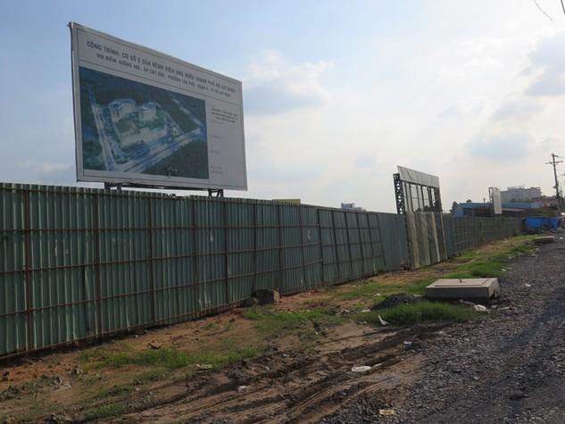 Dự án Bệnh viện Ung bướu 2 TP.HCM đã bị hoãn khởi công đến 2 lần vì những kiến nghị của các nhà thầu. Ảnh: Văn Huyền