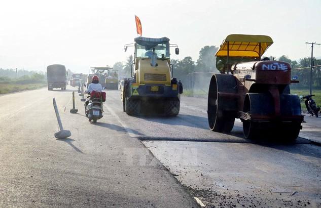 Công trình mở rộng Quốc lộ 1 đoạn qua Bình Thuận do Vinawaco thực hiện. Ảnh: Trần Việt
