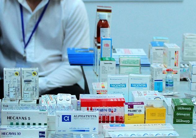 Bộ Y tế chỉ ra một số khó khăn khi giao cho địa phương tổ chức đấu thầu tập trung đối với cả phần thuốc sử dụng cho các bệnh viện trung ương đóng trên địa bàn. Ảnh: Lê Tiên
