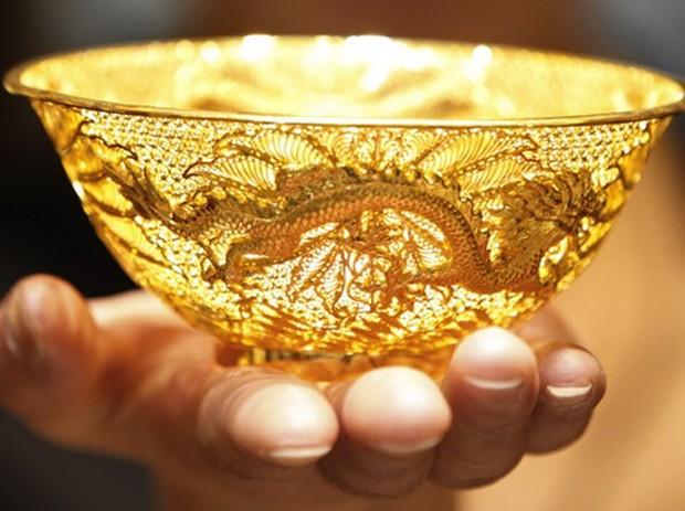Nhà đầu tư vàng đang ngóng kết quả trưng cầu để Anh rời khỏi EU. Ảnh: AFP.