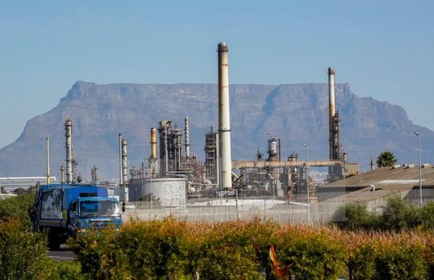 Một nhà máy của Chevron tại Cape Town, Nam Phi. (Nguồn: EPA/TTXVN)