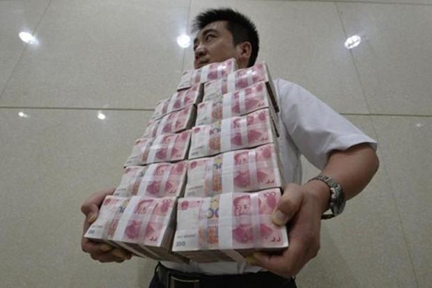 Khối nợ của Trung Quốc hiện tương đương 237% GDP. Ảnh: Reuters