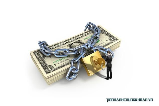 Luôn có rủi ro khách hàng chậm thanh toán, dẫn đến doanh nghiệp không thu xếp được nguồn để trả cho nhà cung cấp