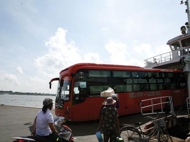 Công ty Xe khách Phương Trang đã bị Ngân hàng Xây dựng Việt Nam khởi kiện ra tòa do chây ì nợ. Ảnh: Đức Thanh