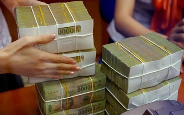 Tính tương đối từ các số liệu đã công bố, có khoảng 220.000 tỷ đồng nợ xấu đang nằm tại Công ty Quản lý tài sản các tổ chức tín dụng Việt Nam (VAMC) và khoảng 125.000 tỷ đồng tại các tổ chức tín dụng.