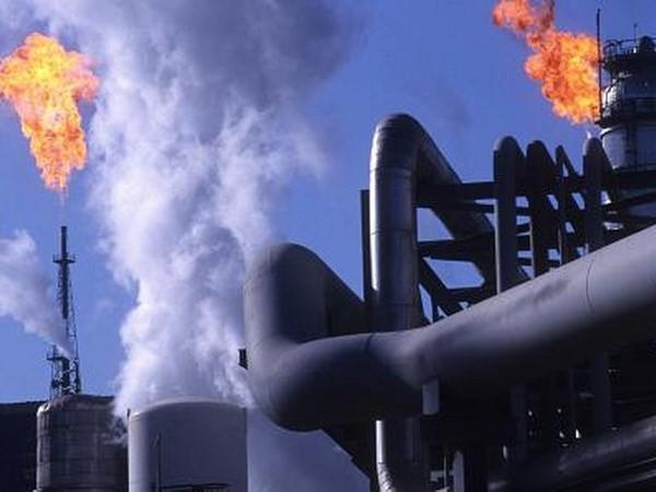 Giá dầu thế giới giảm. (Nguồn: Reuters)
