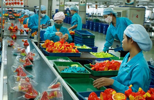 Các nghị định hướng dẫn Luật Đầu tư và Luật Doanh nghiệp được yêu cầu phải đảm bảo chất lượng để góp phần thúc đẩy sản xuất kinh doanh của doanh nghiệp. Ảnh: Lê Tiên