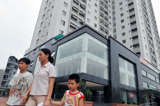 Người mua nhà theo gói 30.000 tỷ đồng tiếp tục lo lắng. Ảnh: H.H.