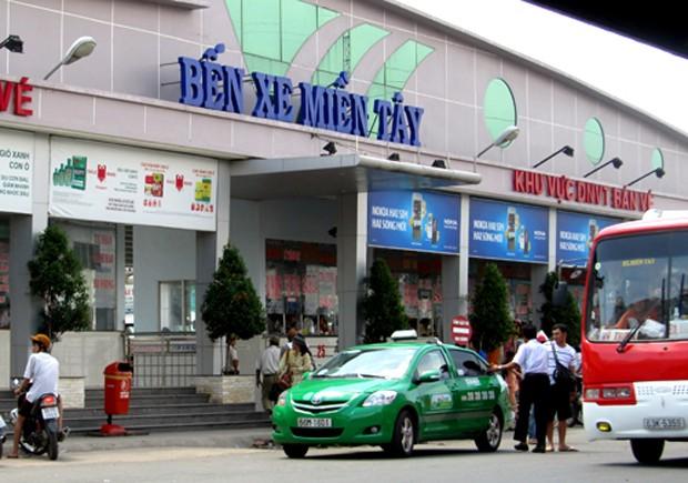 Bến xe Miền Tây hiện hữu ở đường Kinh Dương Vương, quận Bình Tân. Ảnh: Hữu Công