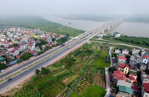 Tuyến đường Hà Nội - Bắc Giang được đánh giá là không đủ tiêu chuẩn cao tốc. Ảnh: Lê Hiếu