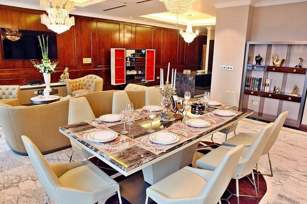 Căn hộ theo phong cách nội thất Longhi đã được ra mắt khách hàng.