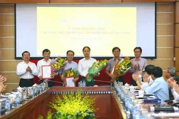 Lãnh đạo PetroVietnam trao quyết định bổ nhiệm cho 4 Phó tổng giám đốc