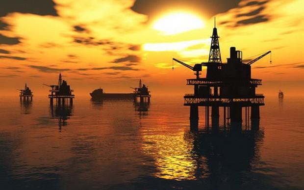 Giá dầu sẽ không thể tiếp tục tăng nếu dự trữ ngày một cao - Ảnh: Reuters.