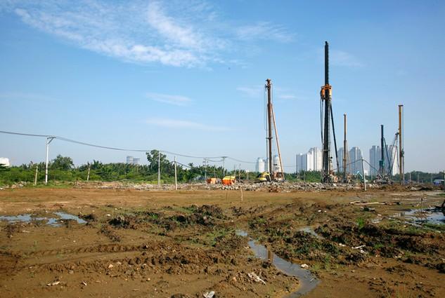 Thị trường bất động sản ấm lên đã tăng tính hấp dẫn của các dự án BT. Ảnh: Lê Tiên