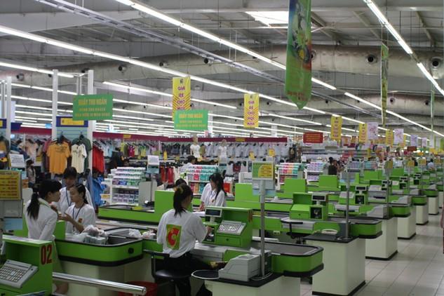 Bộ Công Thương đặt mục tiêu tổng mức bán lẻ hàng hóa và doanh thu dịch vụ tiêu dùng xã hội năm 2016 tăng 11% so với năm 2015. Ảnh: Lê Tiên