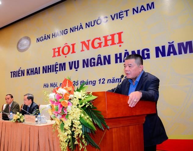 Chủ tịch HĐQT BIDV Trần Bắc Hà phát biểu ý kiến tại Hội nghị Triển khai nhiệm vụ ngân hàng năm 2016. Tại Hội nghị này, ông Hà đã đề cập nhiều giải pháp để đẩy mạnh công tác cải cách hành chính của ngành Ngân hàng.