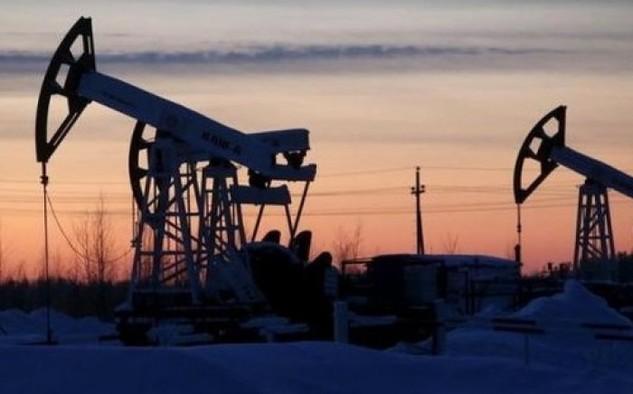 Chênh lệch giữa mức giá dầu Brent và giá dầu WTI như vậy đã lên mức cao nhất từ cuối tháng 4/2016 - Ảnh: Reuters.