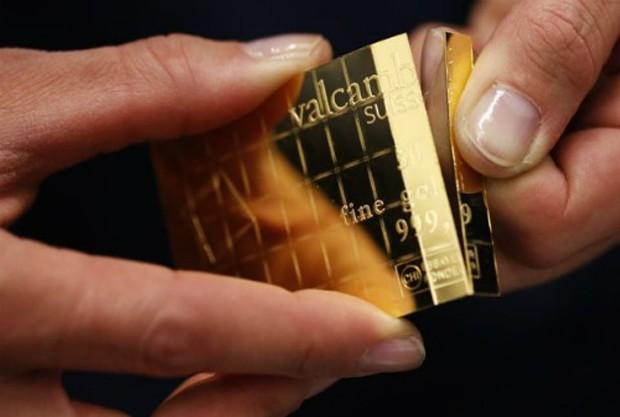 Giá vàng thế giới mất 1% trong tuần qua.
