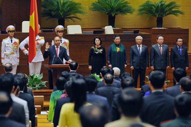 Thủ tướng Chính phủ Nguyễn Xuân Phúc tuyên thệ nhậm chức. Ảnh: Hoàng Hà