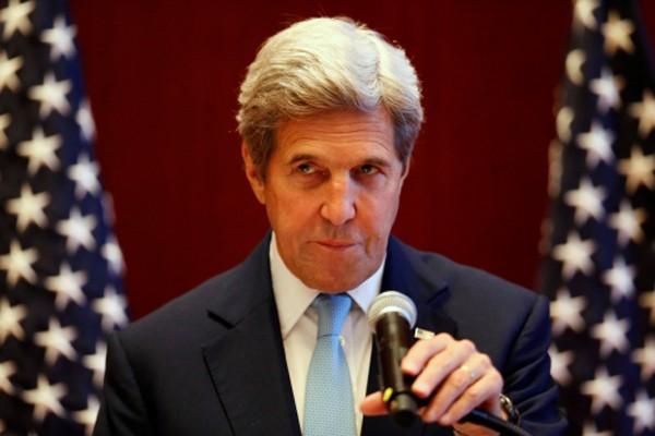 Ngoại trưởng Mỹ John Kerry hôm qua dự họp báo bên lề hội nghị các ngoại trưởng ASEAN ở Vientiane, Lào. Ảnh: Reuters
