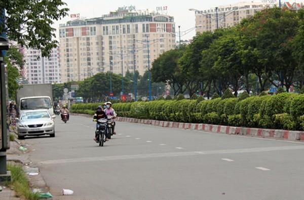 Quốc lộ 22 dài 58 km nối TP HCM, Tây Ninh với Campuchia được kêu gọi đầu tư nâng cấp, mở rộng với tổng số vốn khoảng 12.850 tỷ đồng. Ảnh: Hữu Nguyên
