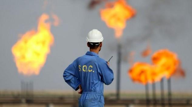 Chỉ riêng trong tuần này, cả hai loại giá dầu đã giảm hơn 6% sau thông tin dự trữ xăng tại Mỹ tăng - Ảnh: HL.