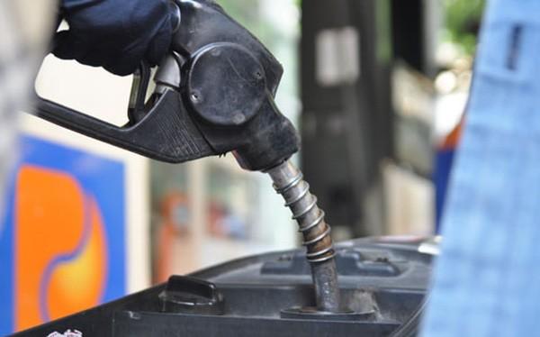 Tính từ 20/6 đến nay, giá xăng đã có 3 lần giảm liên tiếp.
