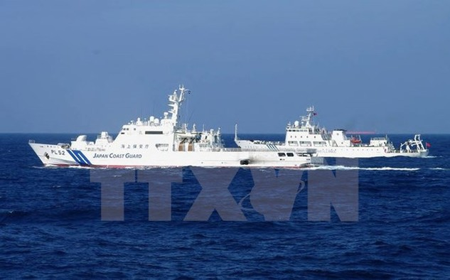 Tàu hải giám của Trung Quốc đi vào vùng biển xung quanh quần đảo Senkaku ngày 4/2/2013. (Nguồn: AFP/TTXVN)