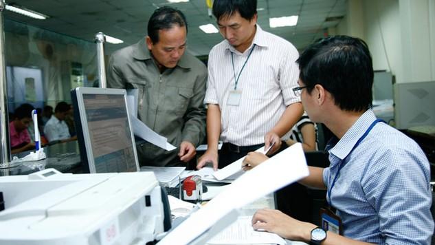 Gia tăng hài lòng của người dân về chất lượng công vụ, phục vụ là một thách thức lớn của TP.HCM. Ảnh: Quang Tuấn