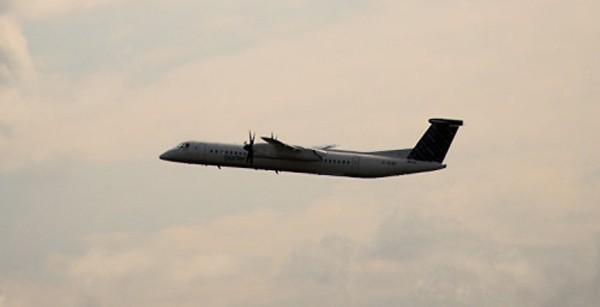 Máy bay Dash 8. Ảnh: Flickr