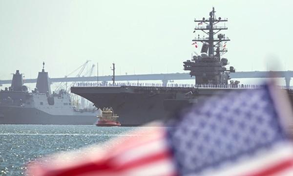 Thỏa thuận mới được ký kết giữa Mỹ và Ấn Độ cho phép hải quân của Washington tăng cường hiện diện ở Biển Đông. Ảnh minh họa: Reuters.