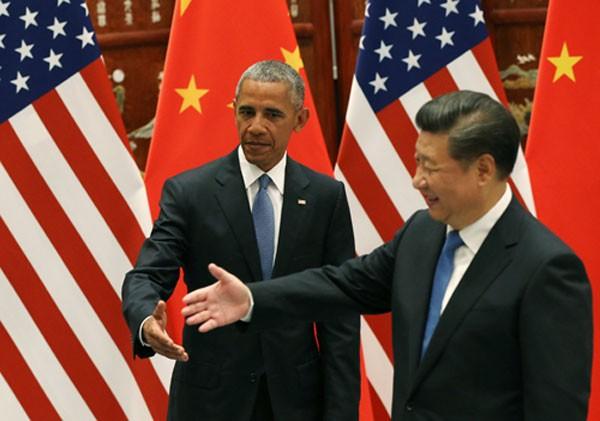 Tổng thống Barack Obama và Chủ tịch Tập Cận Bình trong cuộc gặp trước hội nghị thượng đỉnh G20 ở Hàng Châu. Ảnh: Reuters