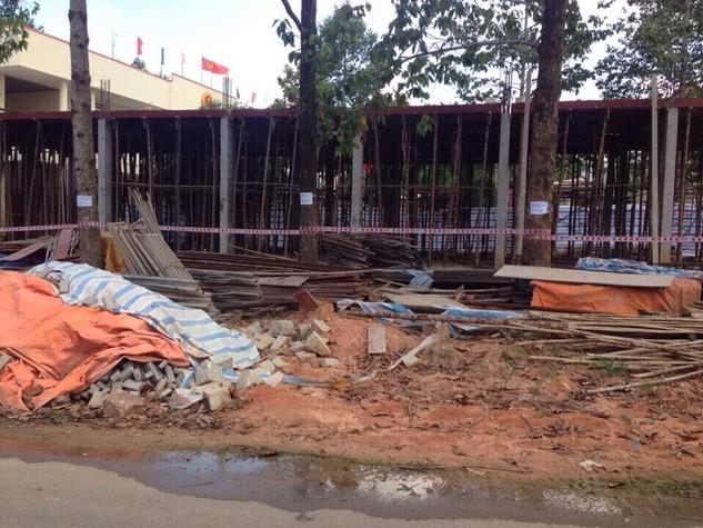 Hiện trạng thi công Công trình Văn phòng một cửa xã Phước Bình, huyện Long Thành, Đồng Nai (ảnh do bên mời thầu cung cấp)