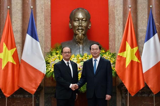 Lãnh đạo hai nước Việt Nam và Pháp khẳng định sẽ tiếp tục tạo môi trường thuận lợi cho đầu tư. Ảnh: Hoàng Hà