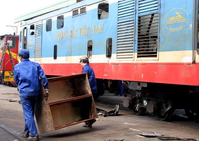 Việc lựa chọn nhà thầu cung cấp 300 toa xe của Tổng công ty Đường sắt Việt Nam là sai quy định. Ảnh: Lê Tiên