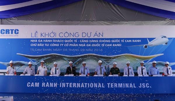 Nhà ga hình tổ yến sân bay Cam Ranh chính thức được khởi công sáng nay.