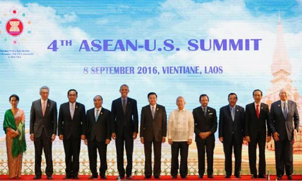 Lãnh đạo các nước ASEAN và Mỹ trong cuộc họp thượng định ASEAN - Mỹ ngày 8/9. Ảnh: Reuters