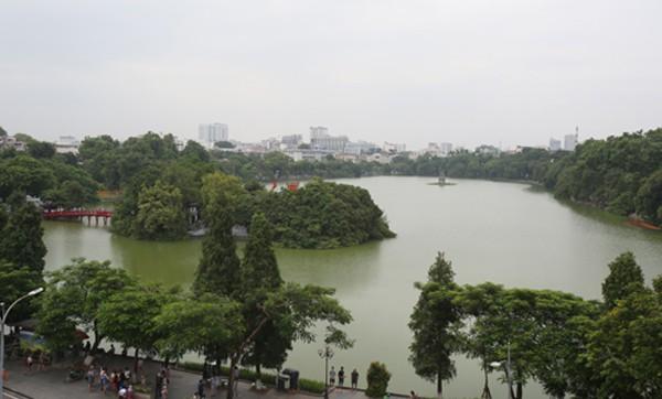 Khu vực hồ Gươm sẽ được đặt một ga ngầm của dự án đường sắt đô thị số 2. Ảnh:Ngọc Thành.