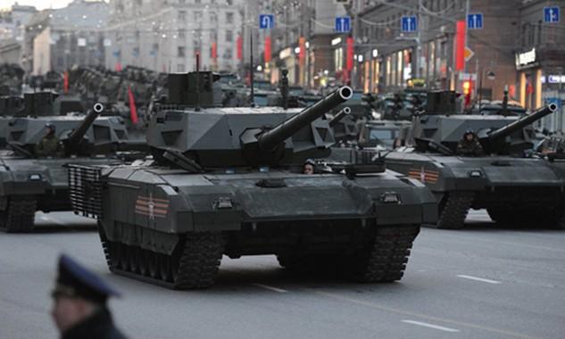 Tăng T-14 Armata tham gia duyệt binh tại Quảng trường Đỏ. Ảnh: Sputnik