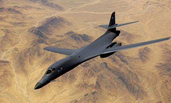 Máy bay ném bom B-1. Ảnh: military.com.
