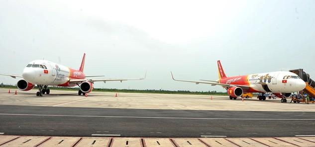 Tám chuyến bay bị ảnh hưởng do ảnh hưởng cơn bão số 4