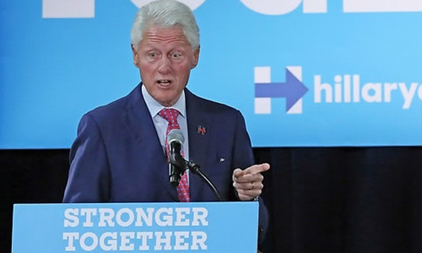 """Ông Clinton nói Kim Jong-un """"hiếu chiến"""" hơn cha và ông nội. Ảnh: Yonhap."""
