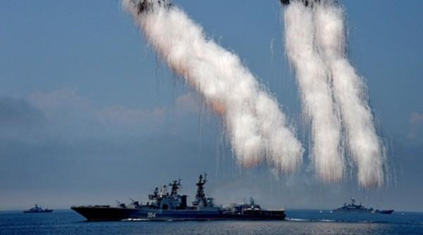 Tàu chống ngầm Đô đốc Tributs của Nga, một trong các tàu tham gia Joint Sea 2016. Ảnh:RT